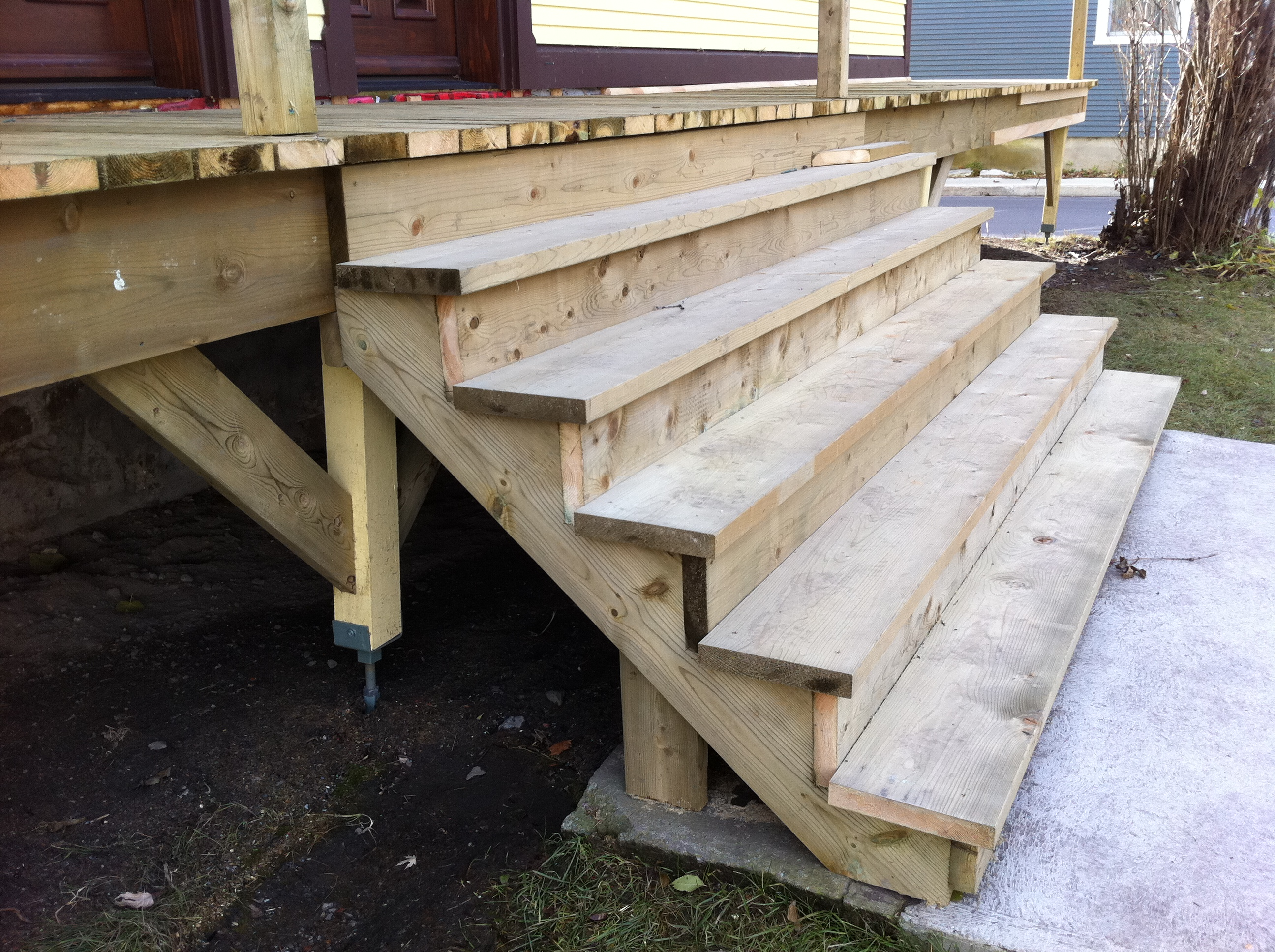 balcon en bois 7 gestimo construction. Black Bedroom Furniture Sets. Home Design Ideas